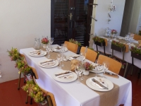 table-setting-and-flower-arrangement